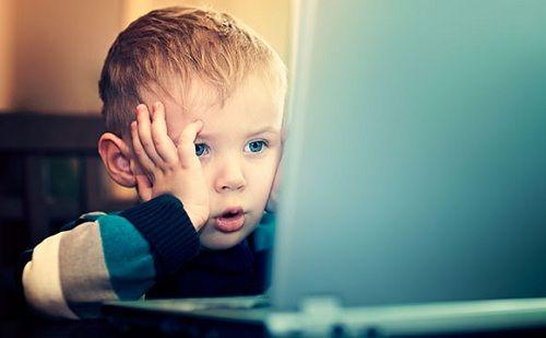 Bilgisayarda Çocukları Bekleyen Tehlike