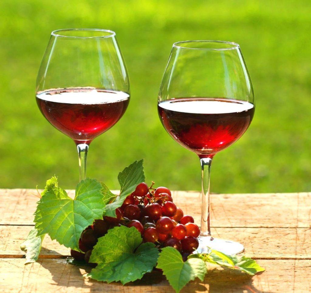 Kırmızı Şarap İçin ki…