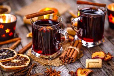 Yılbaşı Gecesi İçinizi Isıtacak Sıcak Şarap Tarifine Ne Dersiniz?